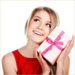 Какие оригинальные подарки можно сделать женщинам к 8 марта?