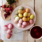 Как покрасить яйца к Пасхе натуральными красителями?