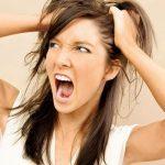 Почему люди вырывают на себе волосы?