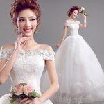 Как выбрать свадебное платье для невесты невысокого роста?