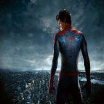 Почему человека паука играет другой актер?
